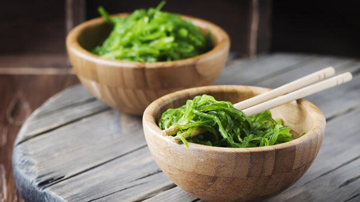 10 good reasons to add seaweed to your diet