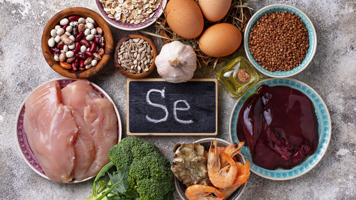 Offal, shrimps, eggs and nuts rich in selenium